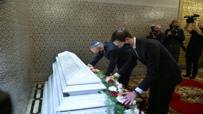 الوفد الأمريكي الإسرائيلي يزور ضريح الملك محمد الخامس
