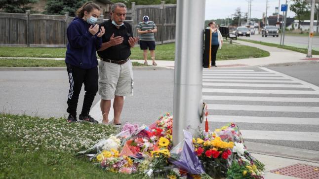 مقتل عائلة مسلمة دهسًا بدافع الكراهية بكندا