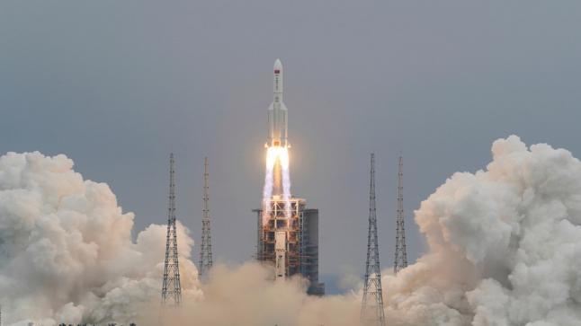 التلفزيون الصيني سقوط الصاروخ بجنوب غربي الهند و سيريلانكا