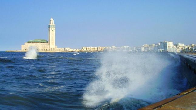 استعدادات لموجة تسونامي بالسواحل المغربية