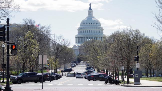 """إغلاق الكونغرس الأمريكي بسبب """"تهديد خارجي"""""""