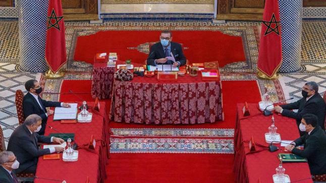 الملك محمد السادس يستفسر وزير الداخلية بخصوص فاجعة طنجة و لفتيت يجيب