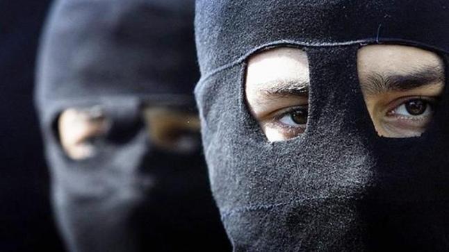 الدار البيضاء.. ملثمون يهاجمون شخصا ببنجدية و يتسببون له في عاهة مستديمة