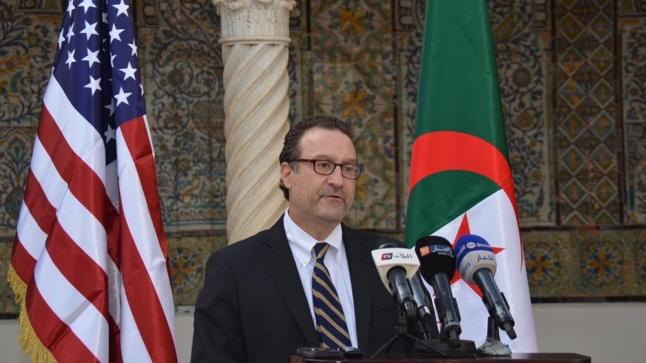 فيديو من وسط الجزائر مساعد الخارجية الامريكية يؤكدّ أن الحكم الذاتي هو أخر حل لنزاع الصحراء