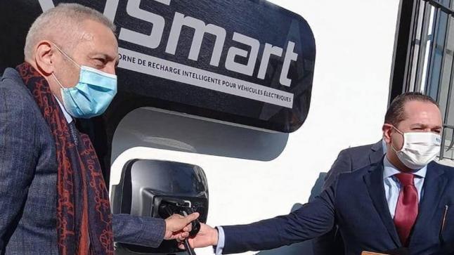 تقديم أول محطة ذكية لشحن السيارات الكهربائية من صنع 100% مغربي