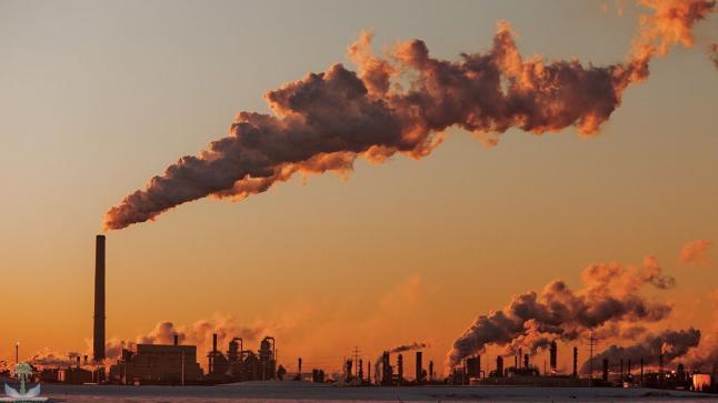 """""""غرينبيس"""" تحذر من التكلفة البشرية والإقتصادية للوقود الأحفوري بالمغرب"""