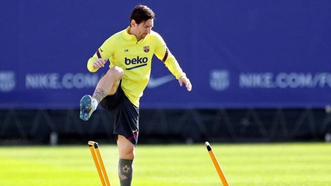 """""""كادينا سير"""" الإسبانية: """"ميسي يوقف مفاوضات تجديد عقده مع برشلونة"""""""