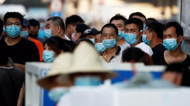 الصين تفرض الحجر الصحي على أحياء في بكين ظهر فيها كورونا