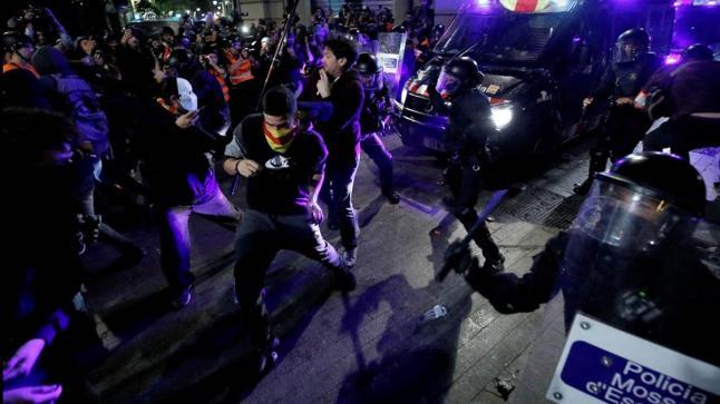 إسبانيا.. أعمال عنف جديدة موجهة ضد المهاجرين