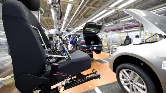 تعزيز تدابير السلامة الصحية لاستئناف تدريجي للنشاط الصناعي للسيارات