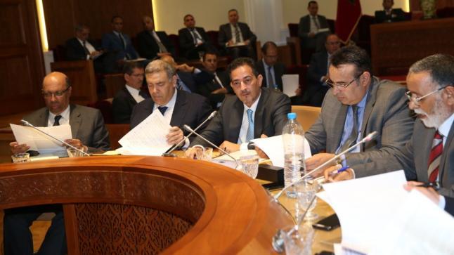 لجنة الداخلية تصادق على مشروع قانون يتعلق بسن أحكام خاصة بحالة الطوارئ الصحية