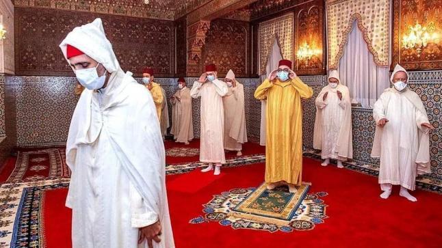 الملك محمد السادس يحيي ليلة القدر المباركة مع اتخاد شروط الوقاية من كورونا