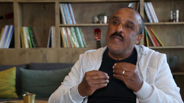 """سعيد الناصري يحتل الطوندونس المغربي بسلسلة """"البوي"""""""