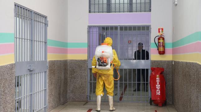 إدارة سجن طنجة تكشف حقيقة عدم إخضاع السجناء لاختبار كورونا