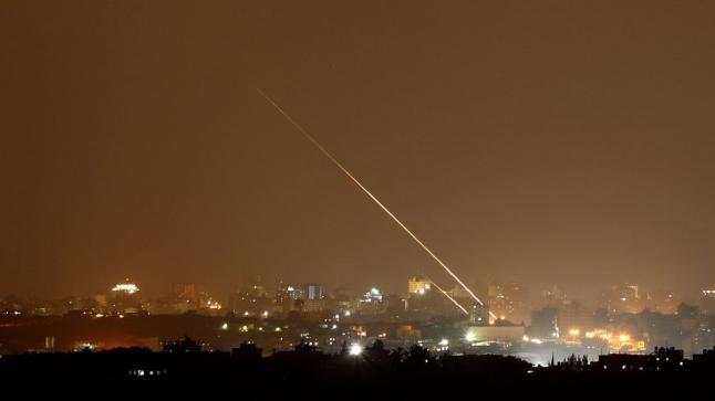إسرائيل تعلن سقوط صاروخ من غزة مكان تواجد نتنياهو