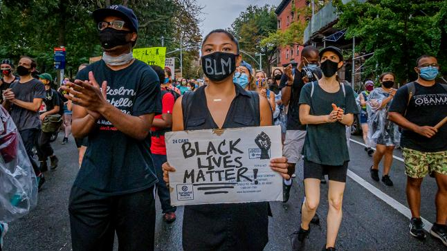 غضب في الشارع الأمريكي بعد مقتل ثاني رجل أسود على يد الشرطة خلال أقل من 3 أسابيع
