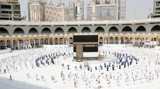 المسجد الحرام يستقبل المصلين لاول مرة بعد 7 أشهر