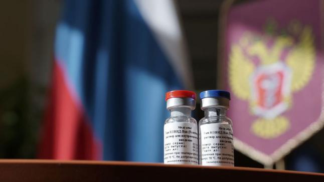 أخيرا.. روسيا تطلق رسميا لقاحها ضد كورونا للتداول العام